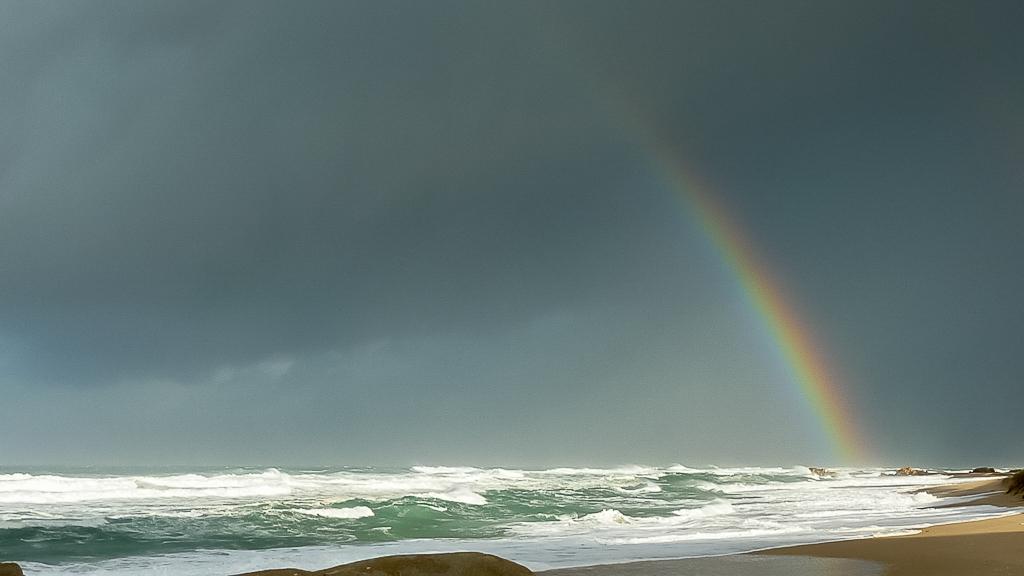 rainbow-over-ocean-clinton-rocks-croajingolong