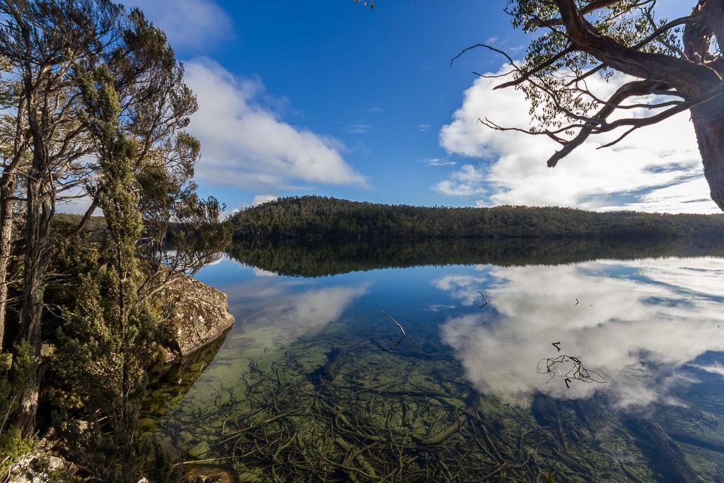 reflections-lake-adelaide-tasmania