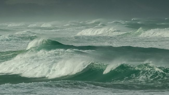 storm-green-waves-croajingolong-national-park
