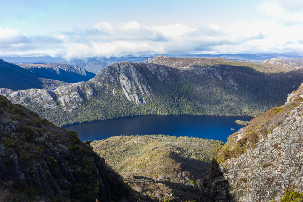 dove-lake-below-cradle-mountain