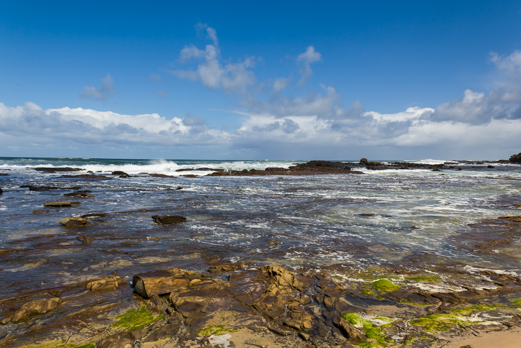 rocks-near-swell-point-marengo