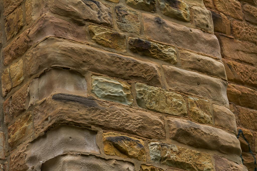 detail-sand-stone-djerriwarrh-creek-bridge-bacchus-marsh