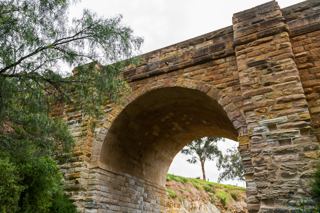 sand-stone-djerriwarrh-creek-bridge-bacchus-marsh
