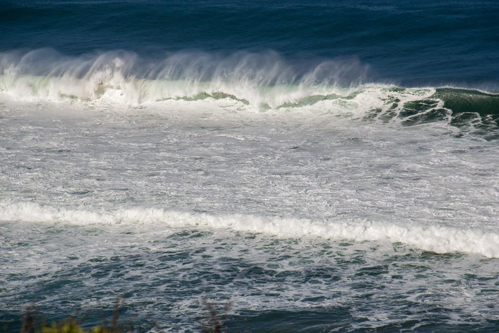 surf-near-castle-cove