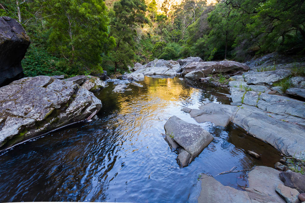 rock-pool-cumberland-river-lorne