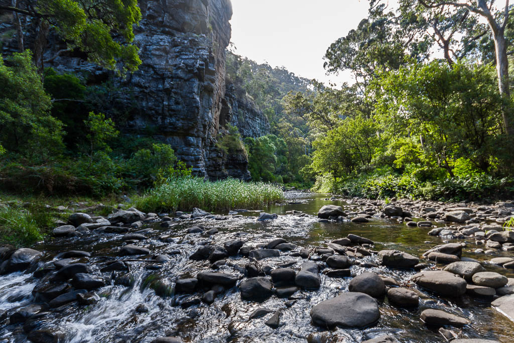 rocks-on-cumberland-river-lorne