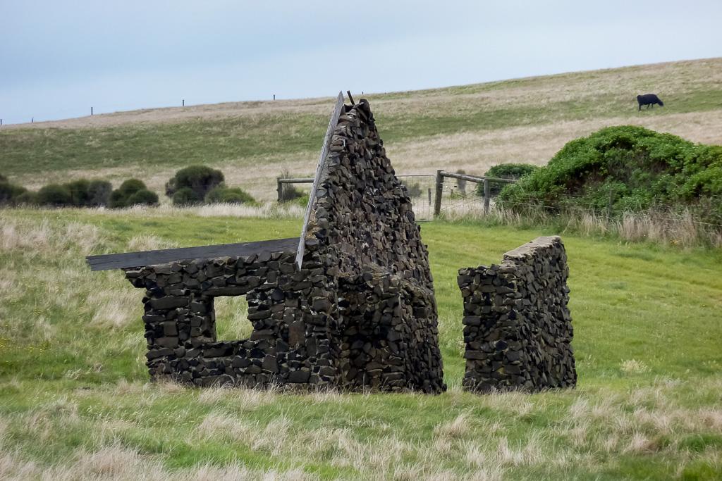 building-ruins-phillip-island