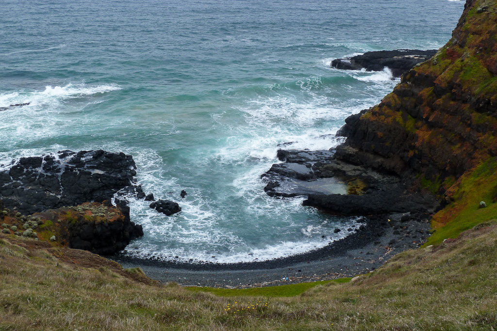 cove-coast-phillip-island