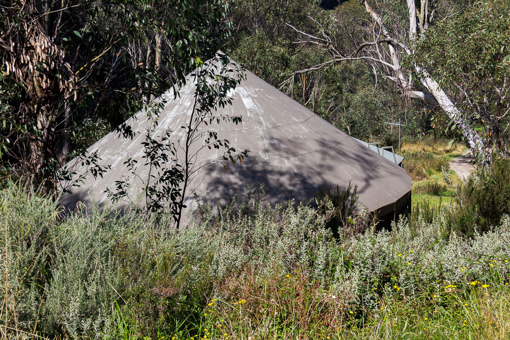 building-in-bush-near-thredbo