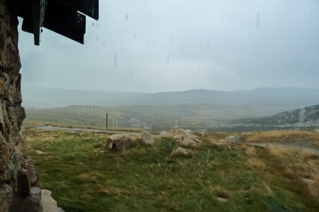 rain-falling-seamans-hut