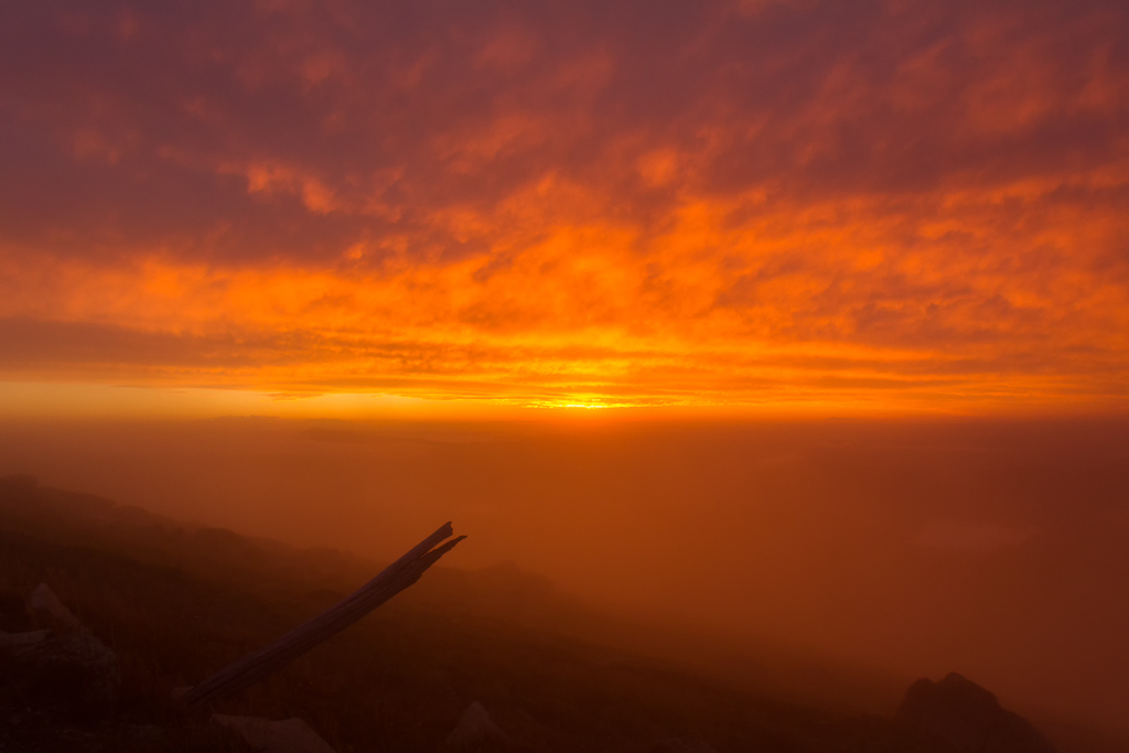 red-sunset-at-mount-kosciuszko