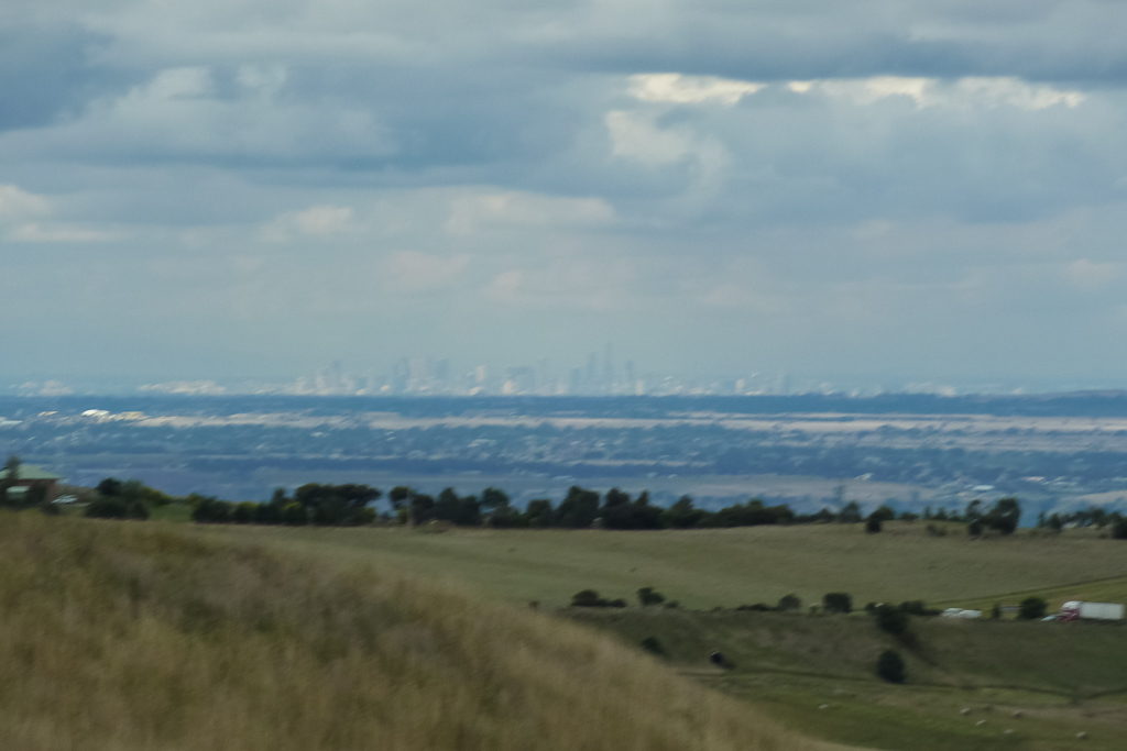 melbourne-skyline-from-the-island