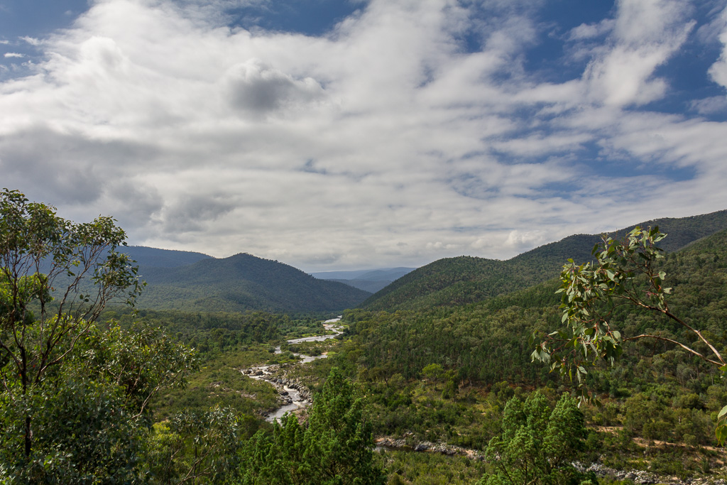 snowy-river-from-barry-way