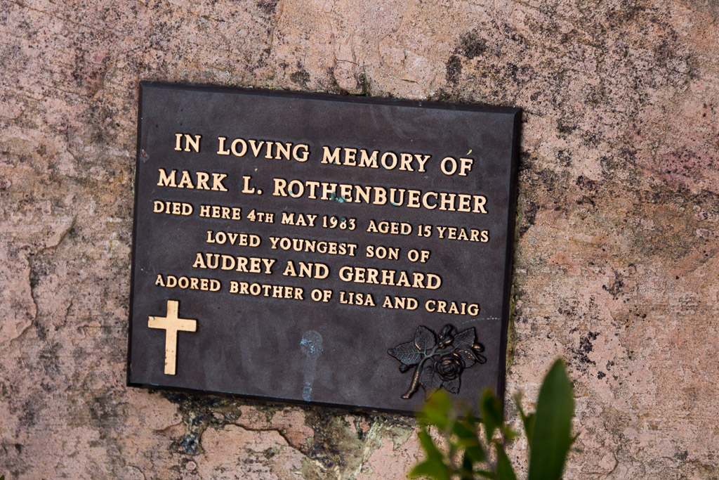 memorial-plaque-cathedral-ranges