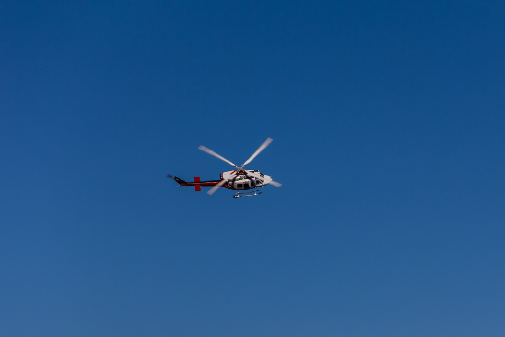 rescue-helicopter-low-above-wellington-plain-alpine