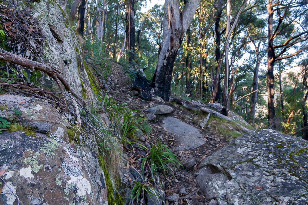 rocks-alongside-gillios-track