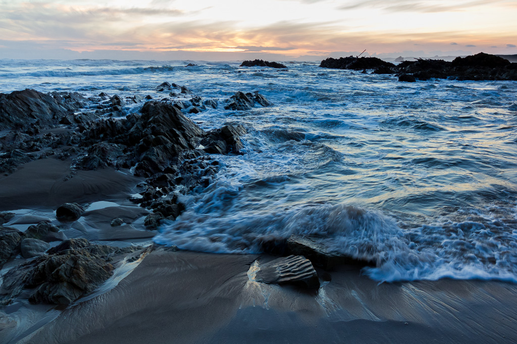 beach-west-coast-tasmania