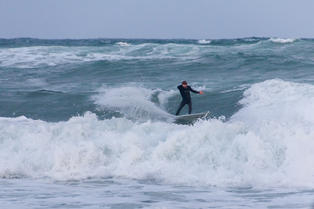 surfing-winter-flinders