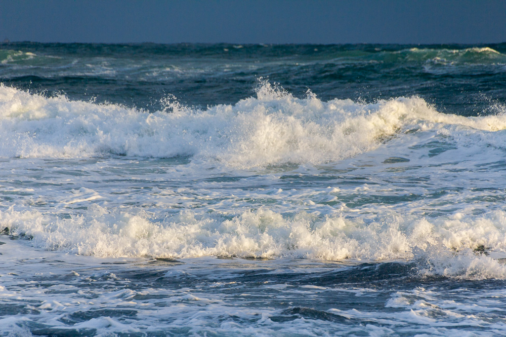 waves-winter-flinders