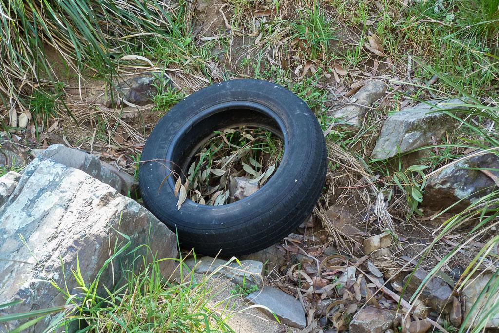 car-tyre-werribee-gorge