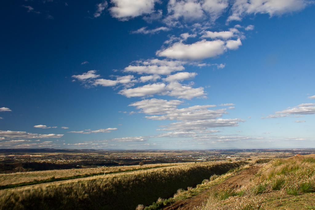 hill-overlooking-bacchus-marsh
