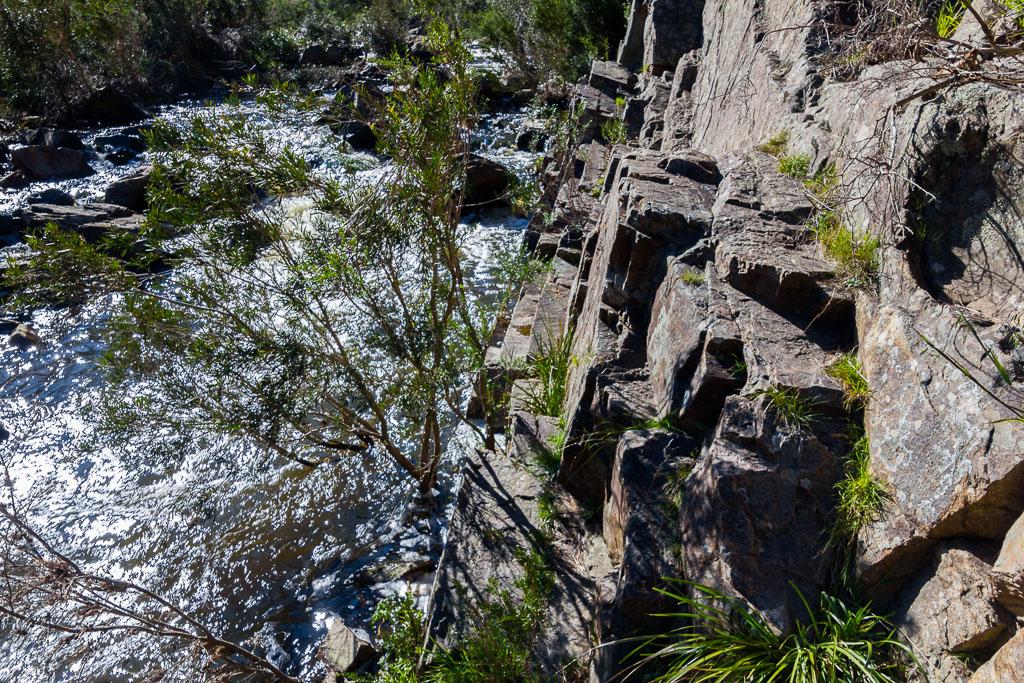 rock-wall-werribee-river