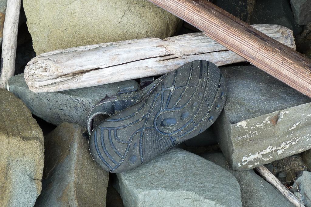 sandal-on-rocks