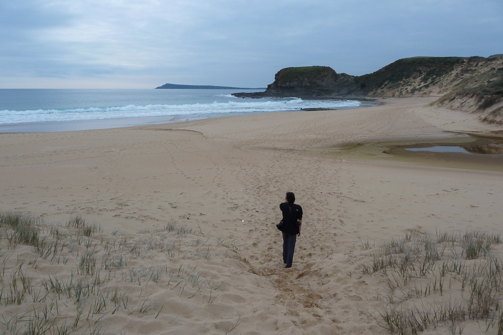 walking-on-beach-george-bass-coastal-walk