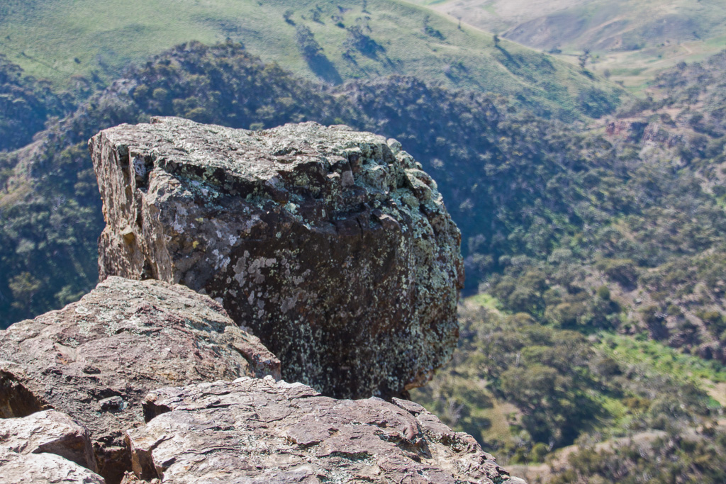 large-boulder-falcons-lookout-werribee-gorge