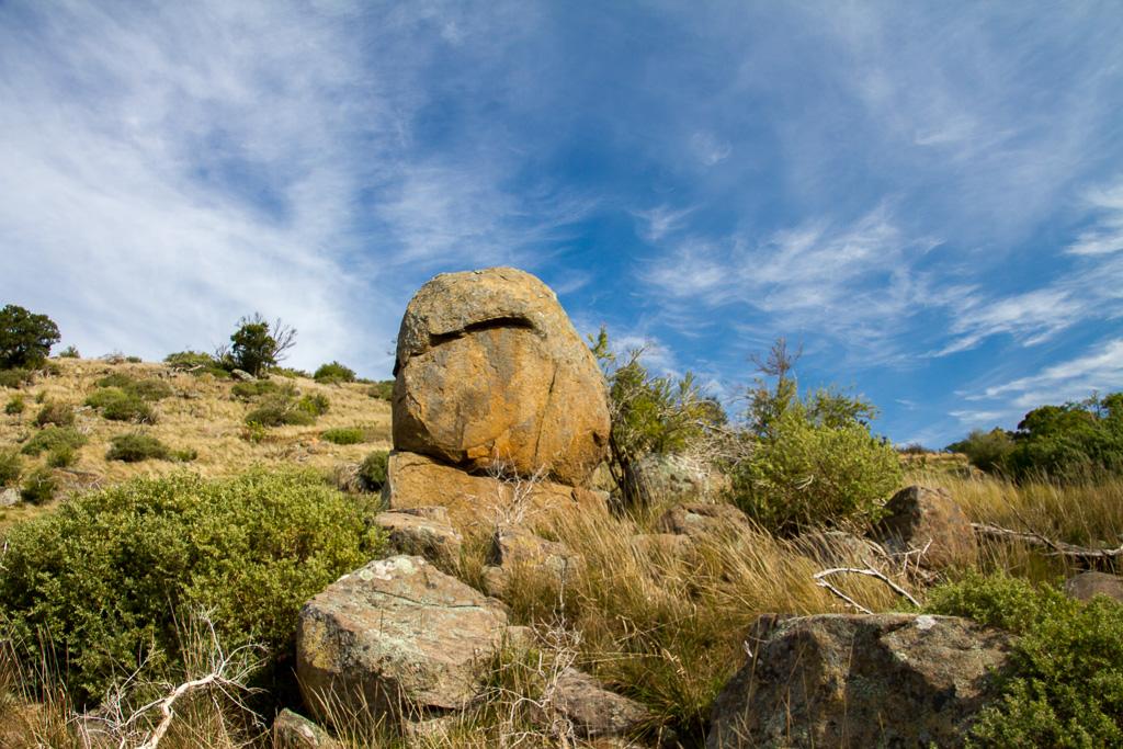 large-rock-granites-werribee-gorge