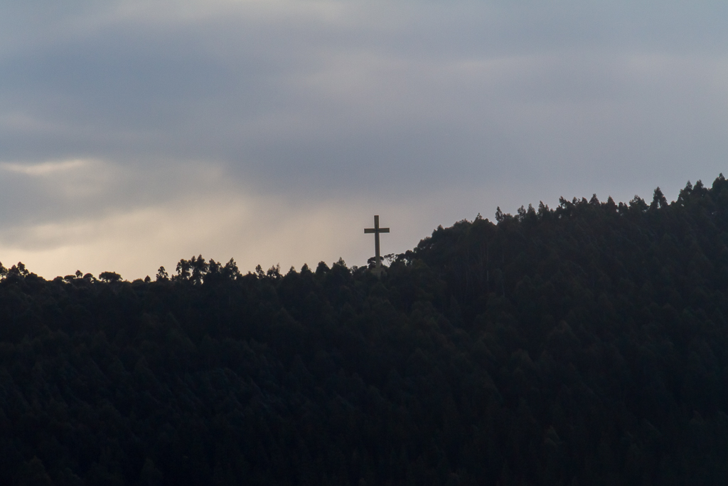 mount-macedon-cross-from-mount-towrong