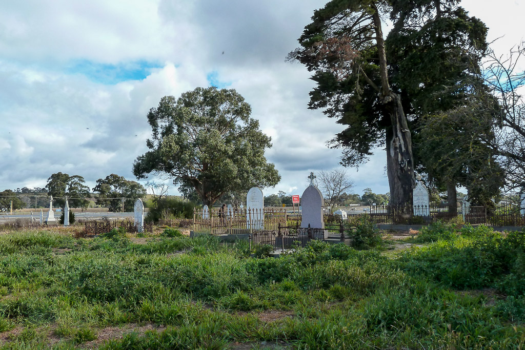 old-hopetoun-cemetery