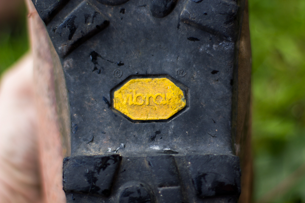 vibram-sole-leather-hiking-boot