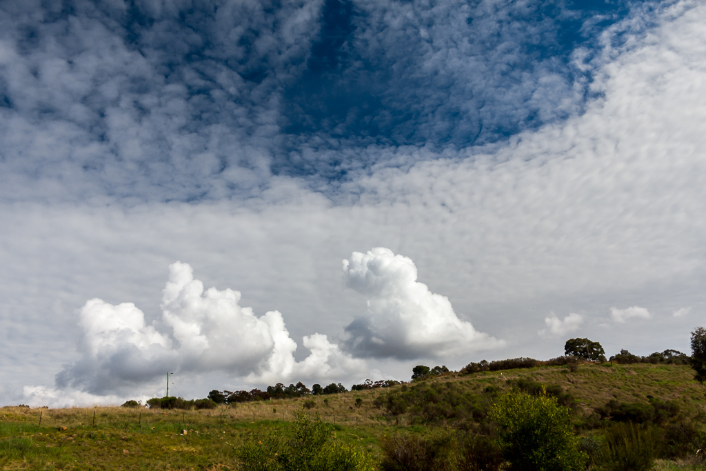 cumulus-clouds-over-castlemaine