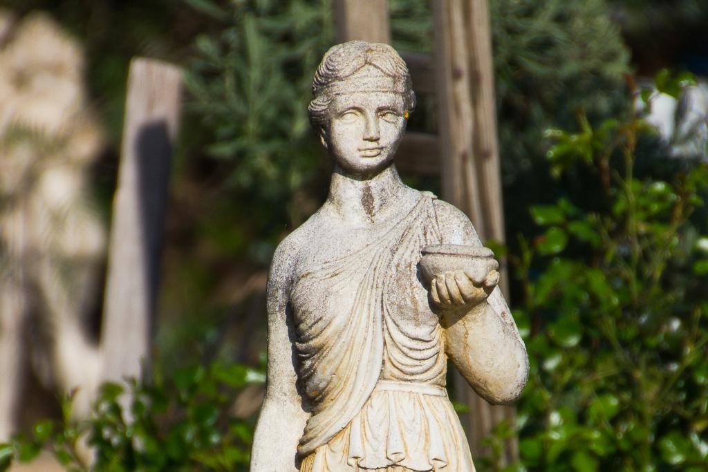 garden-statue-steiglitz