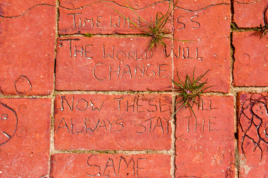 lettering-in-brick-paving-castlemaine