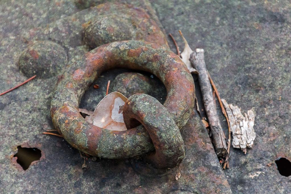 rusted-steel-loop-goldfields-victoria