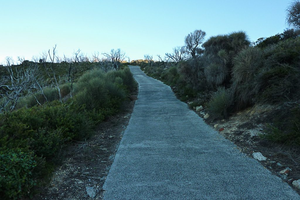 steep-track-wilsons-promontory-lighthouse