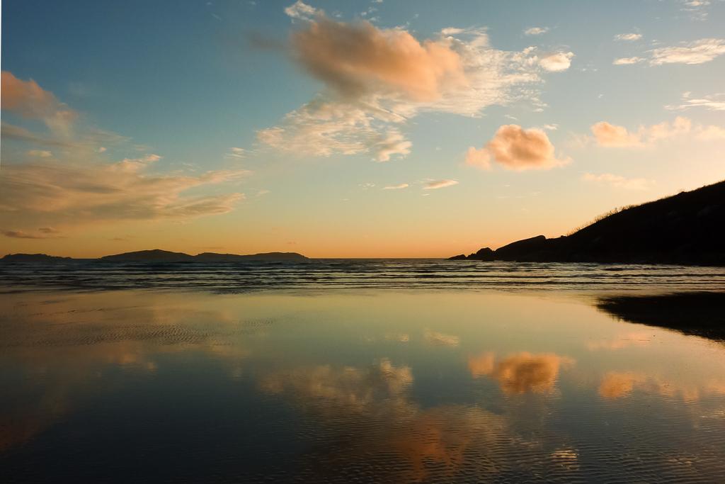 sunset-beach-oberon-bay-wilsons-promontory