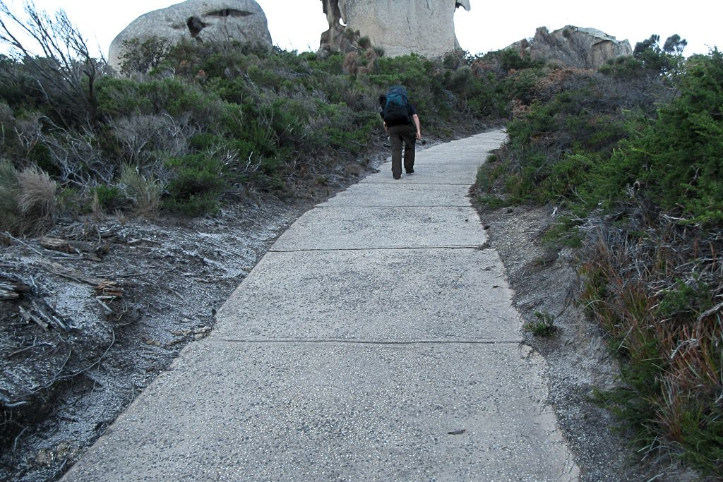walking-steep-track-wilsons-promontory-lighthouse