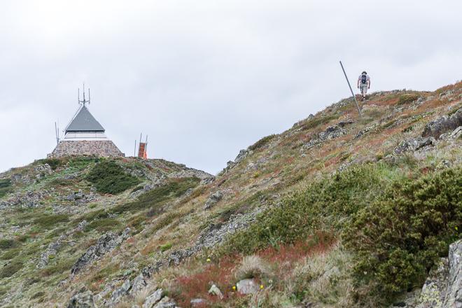 approaching-fire-tower-mount-buller