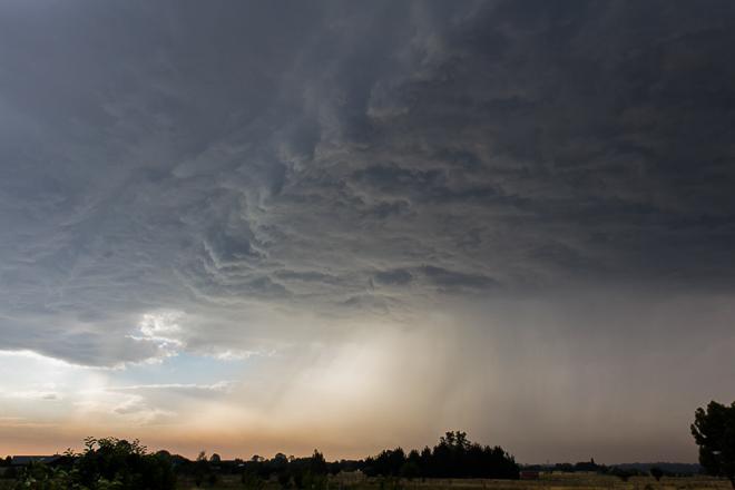 cumulonimbus-cloud-rain