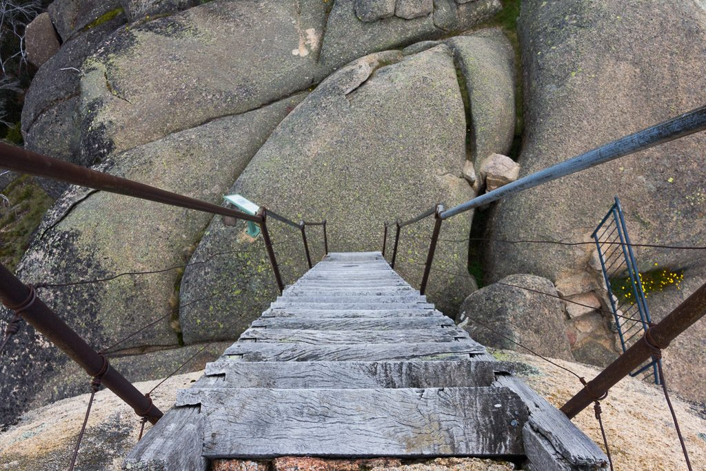 ladder-monolith-mount-buffalo