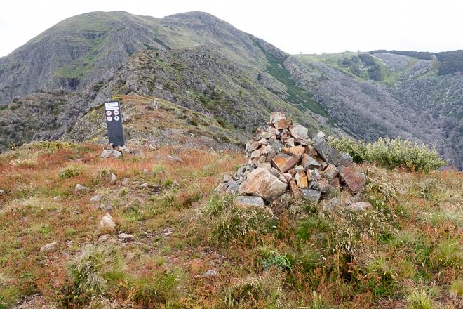 rock-cairn-west-ridge-mount-buller