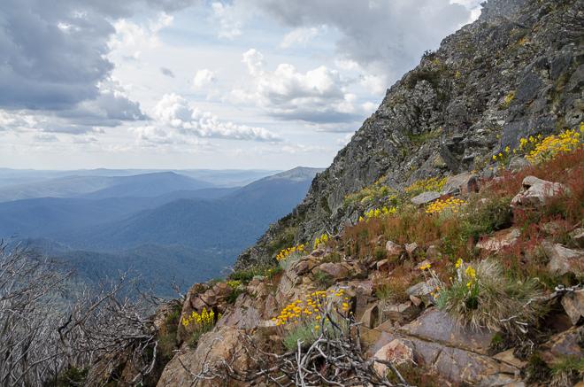 steep-rock-slope-west-ridge-mount-buller