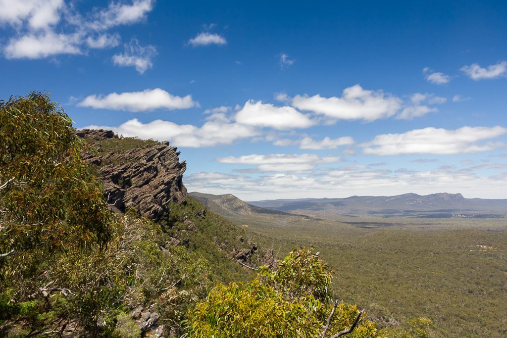 sun-over-mount-difficult-range-grampians