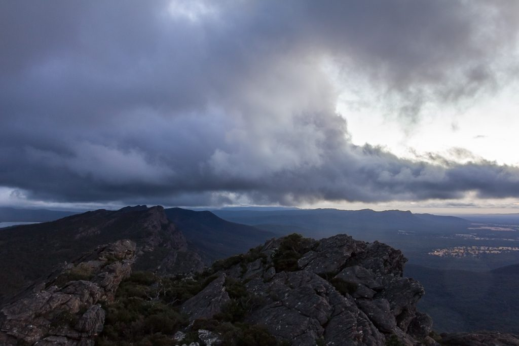 sunset-clouds-mount-difficult-range-grampians