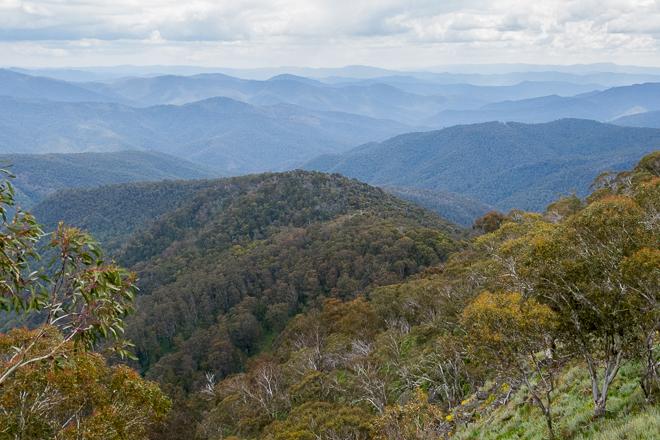 view-alpine-area-from-west-ridge