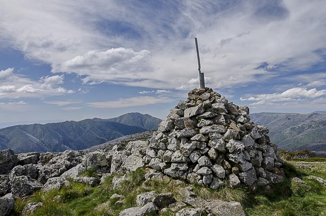 cairn-mount-loch