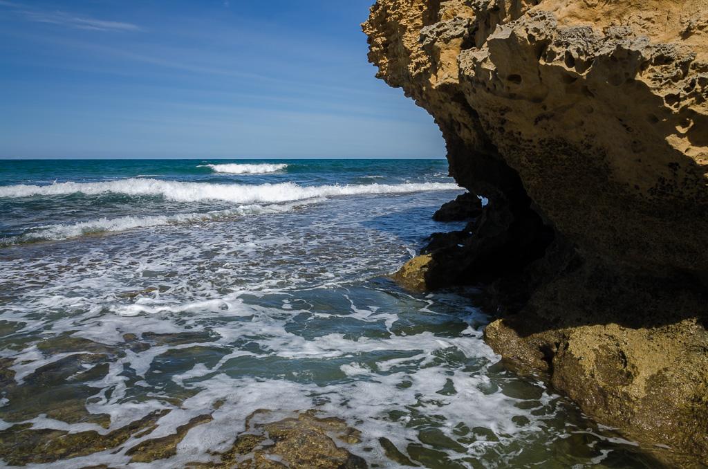 ocean-at-point-addis-cliff